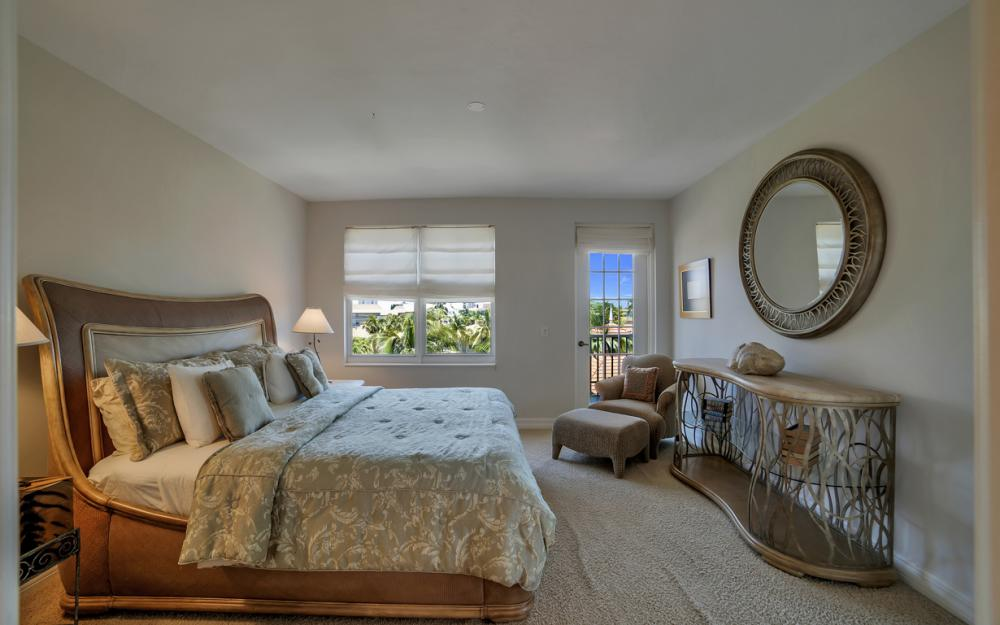 1141 Swallow Ave #402, Marco Island - Condo For Sale 340122478