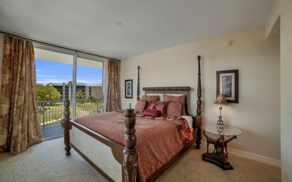 1141 Swallow Ave #402, Marco Island - Condo For Sale 324865606