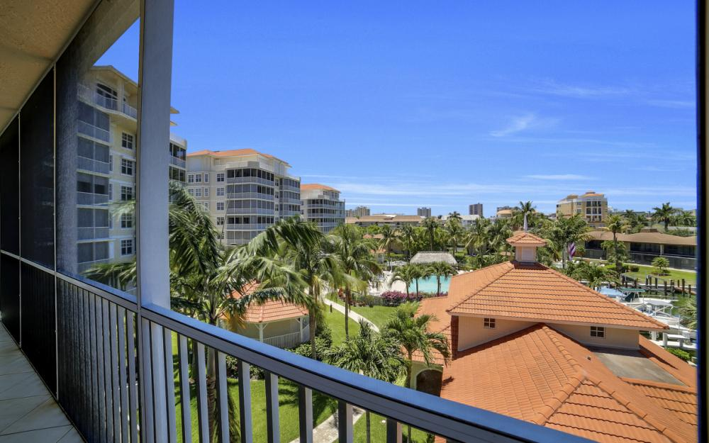 1141 Swallow Ave #402, Marco Island - Condo For Sale 583417551