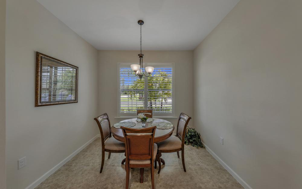 20359 Black Tree Ln, Estero - Home For Sale 1938381954