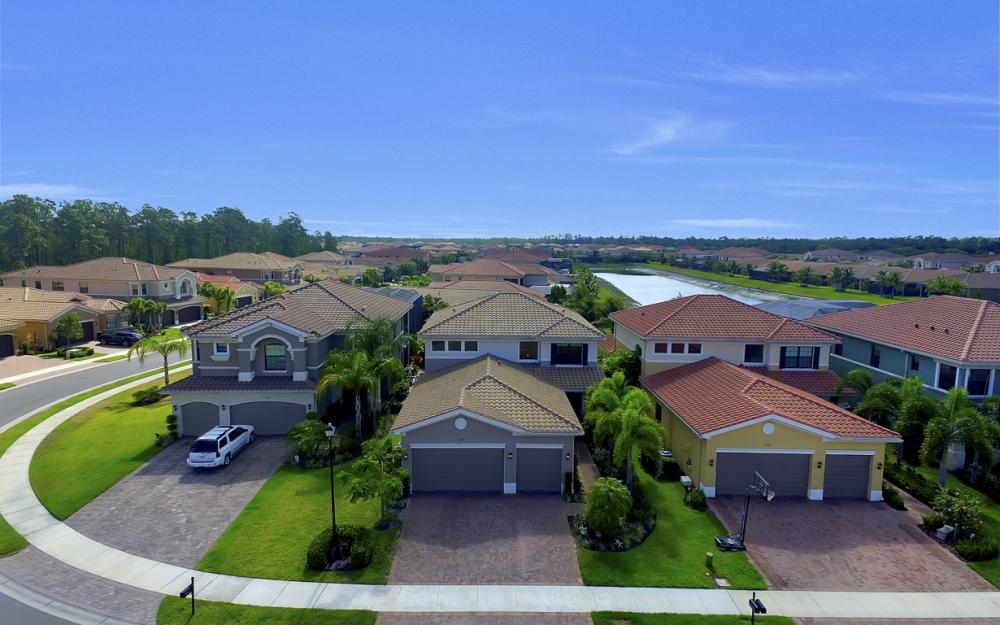 3316 Pacific Dr, Naples - Home For Sale 1822818673
