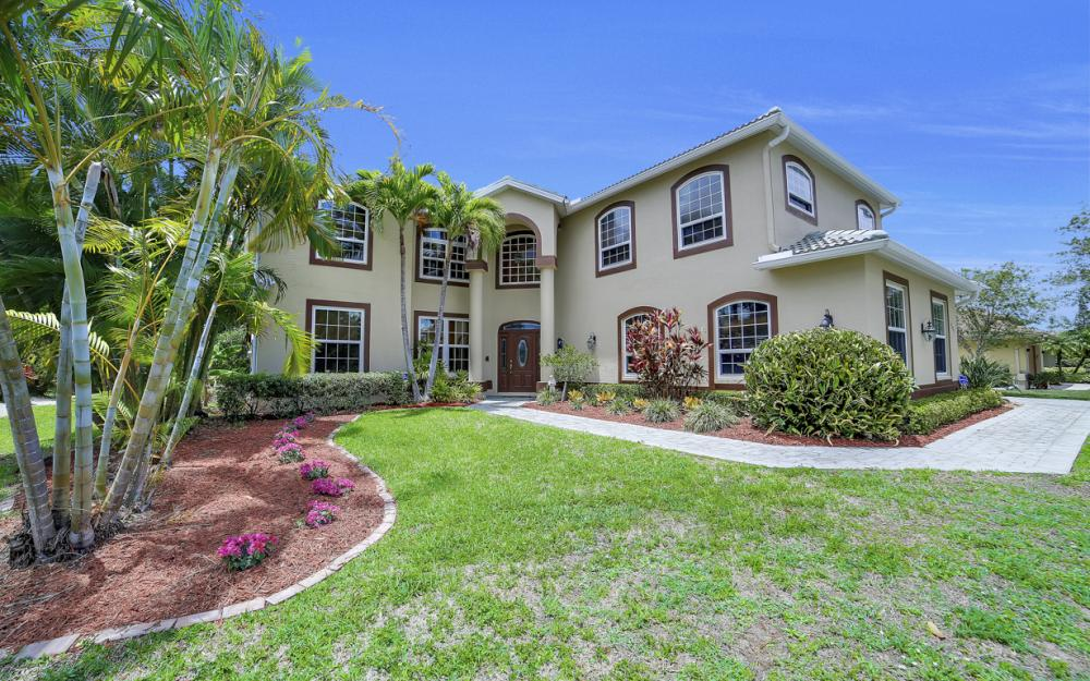 4897 Berkeley Dr, Naples - Home For Sale 210099392