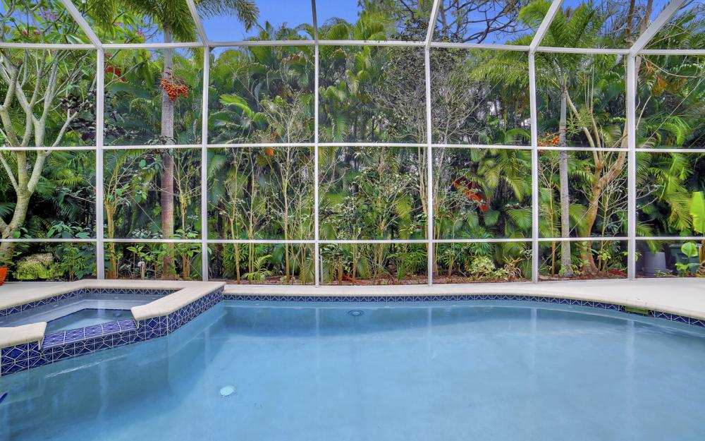 4897 Berkeley Dr, Naples - Home For Sale 829884555
