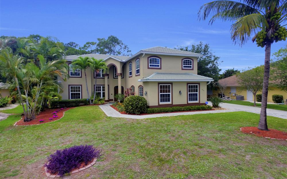 4897 Berkeley Dr, Naples - Home For Sale 1012634396