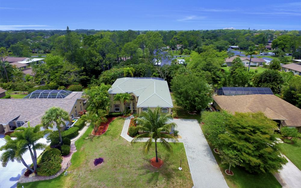 4897 Berkeley Dr, Naples - Home For Sale 989436664