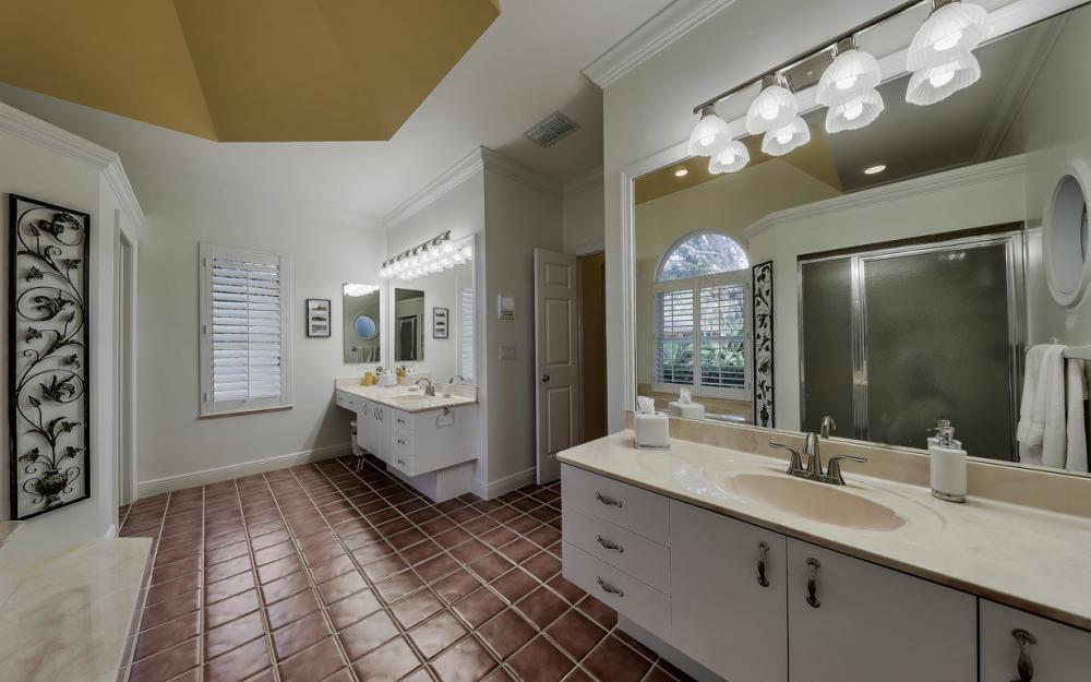 24761 Pennyroyal Dr, Bonita Springs - Home For Sale 236595079