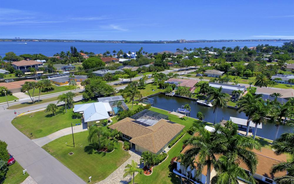 1444 Willshire Ct, Cape Coral - Vacation Rental 26415207