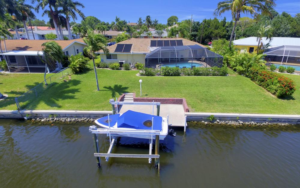 1444 Willshire Ct, Cape Coral - Vacation Rental 679713930