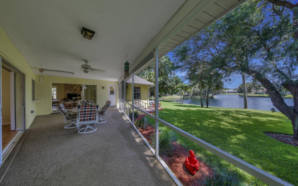 12315 McGregor Woods Cir, Fort Myers - Home For Sale 945402662