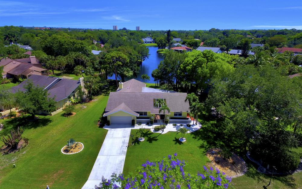 12315 McGregor Woods Cir, Fort Myers - Home For Sale 1733114403