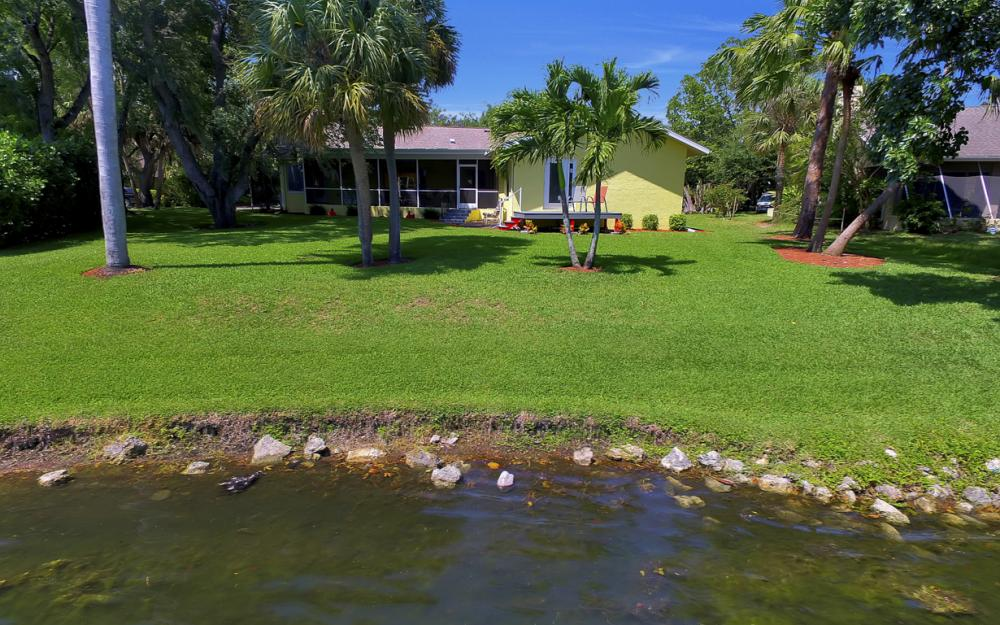 12315 McGregor Woods Cir, Fort Myers - Home For Sale 231970421