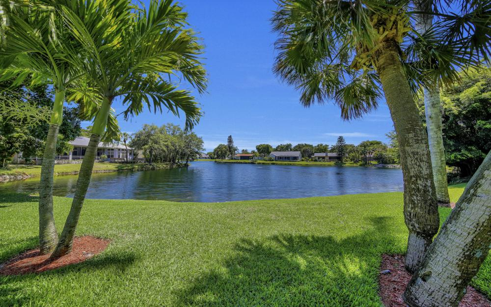 12315 McGregor Woods Cir, Fort Myers - Home For Sale 591216825