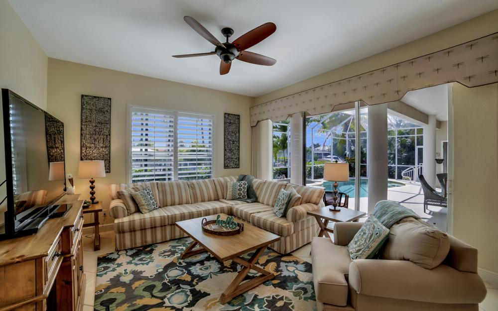293 N Barfield Dr, Marco Island - Home For Sale 370291948