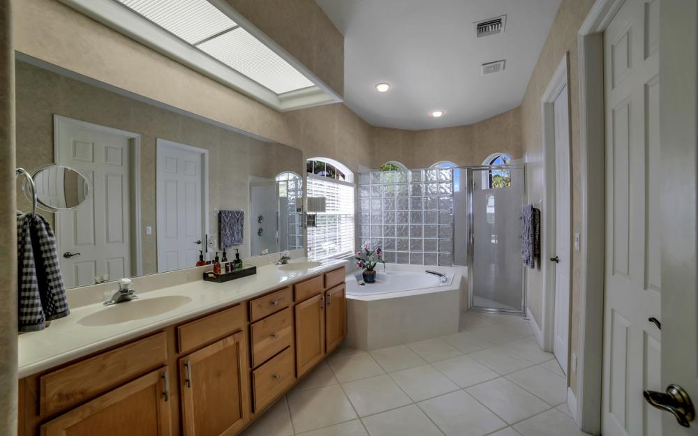 293 N Barfield Dr, Marco Island - Home For Sale 209570984