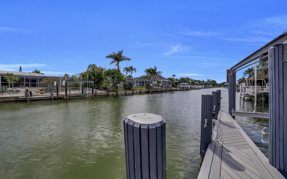 293 N Barfield Dr, Marco Island - Home For Sale 720388776