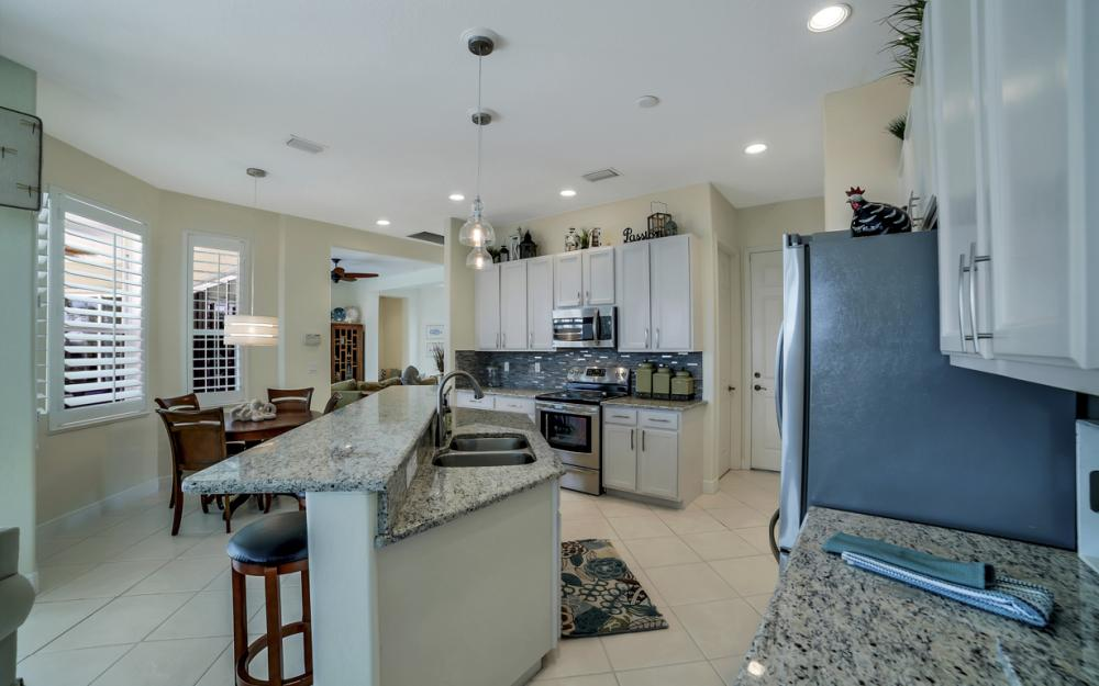 293 N Barfield Dr, Marco Island - Home For Sale 888195581