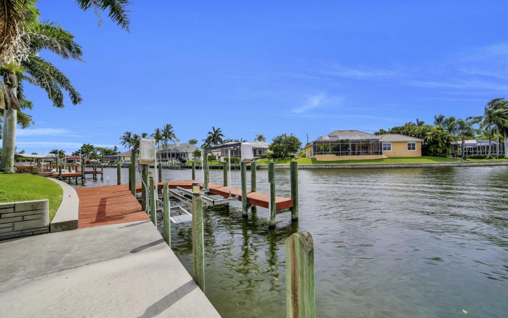 5200 SW 22nd Pl, Cape Coral - Home For Sale 1271639874