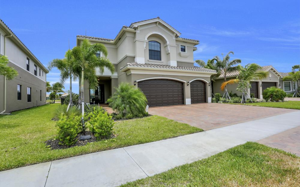 2805 Cinnamon Bay Cir, Naples - Home For Sale 1139520497