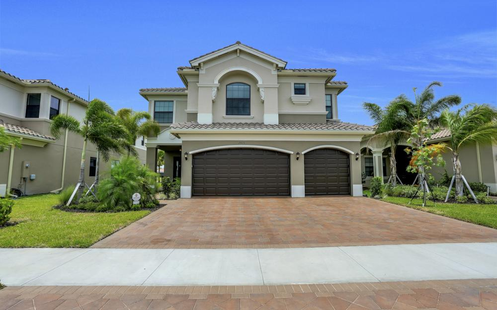 2805 Cinnamon Bay Cir, Naples - Home For Sale 151135454