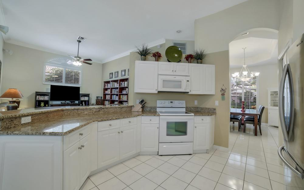 12080 Fairway Isles Dr, Fort Myers - Home For Sale 1827810338