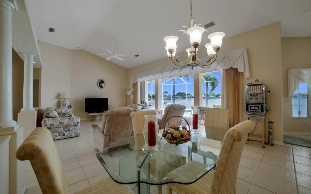 5011 SW 5th Pl, Cape Coral - Home For Sale 1502452576