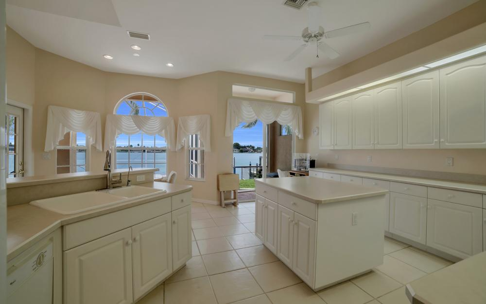 5011 SW 5th Pl, Cape Coral - Home For Sale 533747127