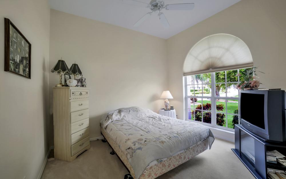 5011 SW 5th Pl, Cape Coral - Home For Sale 117991621