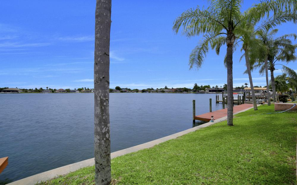 5011 SW 5th Pl, Cape Coral - Home For Sale 1932225997
