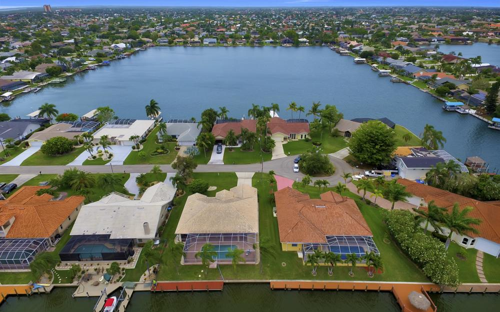 5011 SW 5th Pl, Cape Coral - Home For Sale 1220880565