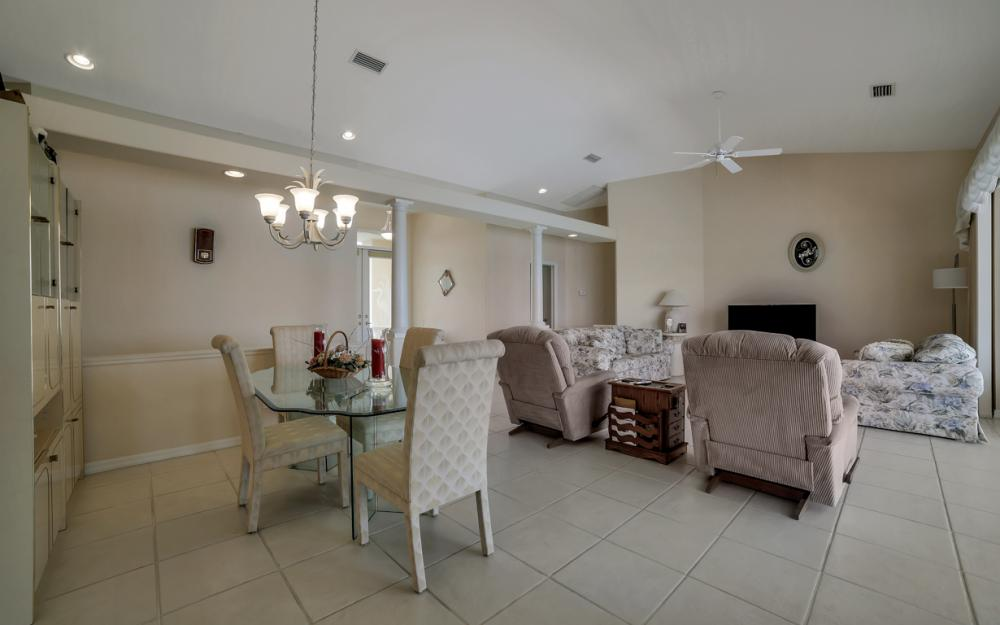 5011 SW 5th Pl, Cape Coral - Home For Sale 177740734