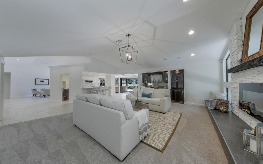 12856 Valewood Dr, Naples - Luxury Home For Sale 1067989086