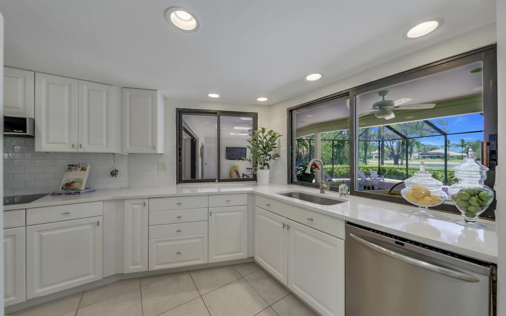 12856 Valewood Dr, Naples - Luxury Home For Sale 301532853