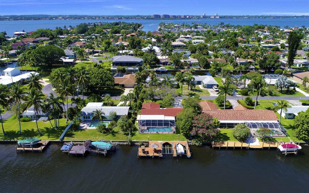 1131 Lucerne Ave, Cape Coral, FL 33904 178421252