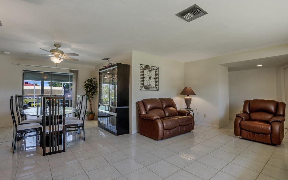 2119 SE 16th St, Cape Coral - Home For Sale 1512807952