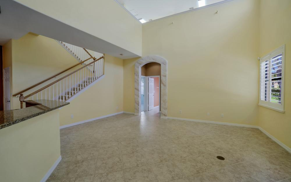 12687 Kentwood Ave, Fort Myers - Home For Sale 1541893144