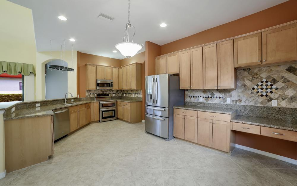 12687 Kentwood Ave, Fort Myers - Home For Sale 928456329