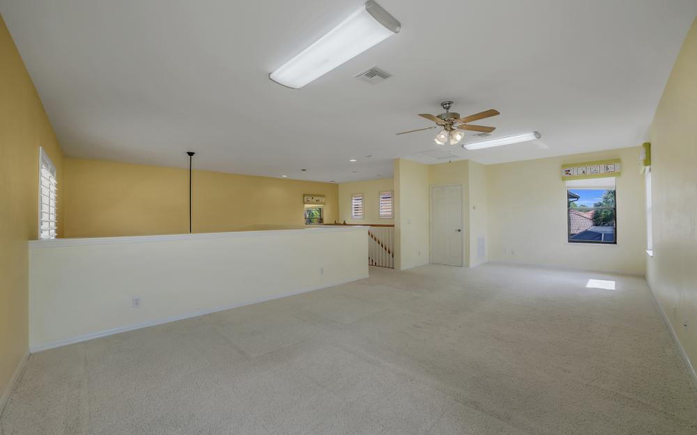 12687 Kentwood Ave, Fort Myers - Home For Sale 115925952