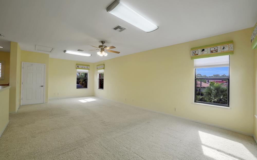 12687 Kentwood Ave, Fort Myers - Home For Sale 1012734491