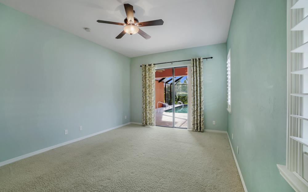 12687 Kentwood Ave, Fort Myers - Home For Sale 259450812