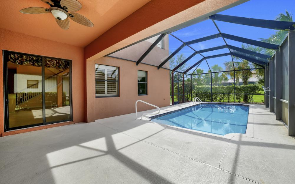 12687 Kentwood Ave, Fort Myers - Home For Sale 525347070