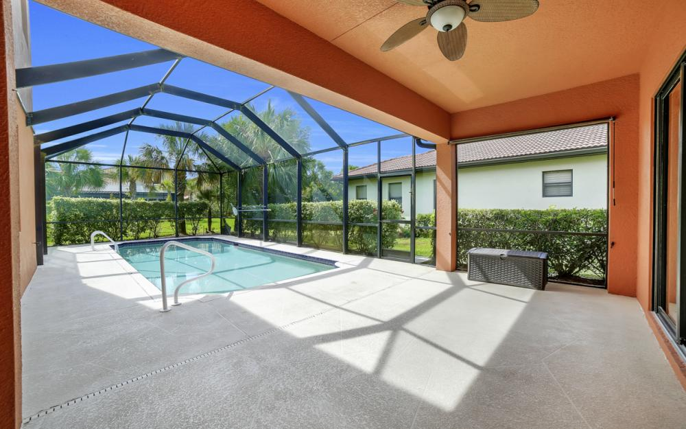 12687 Kentwood Ave, Fort Myers - Home For Sale 2141680666
