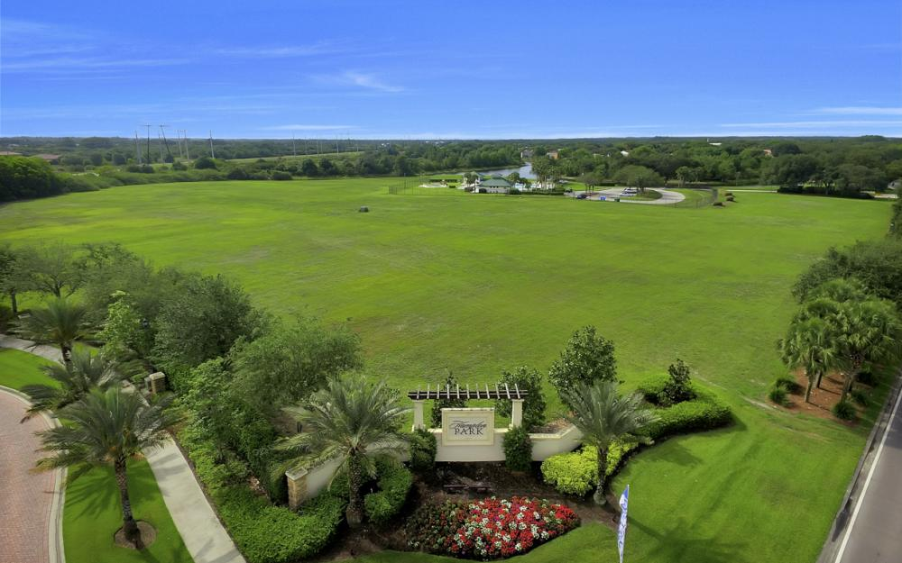 12687 Kentwood Ave, Fort Myers - Home For Sale 940397111