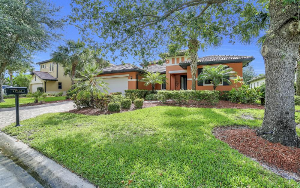 12687 Kentwood Ave, Fort Myers - Home For Sale 1605737434