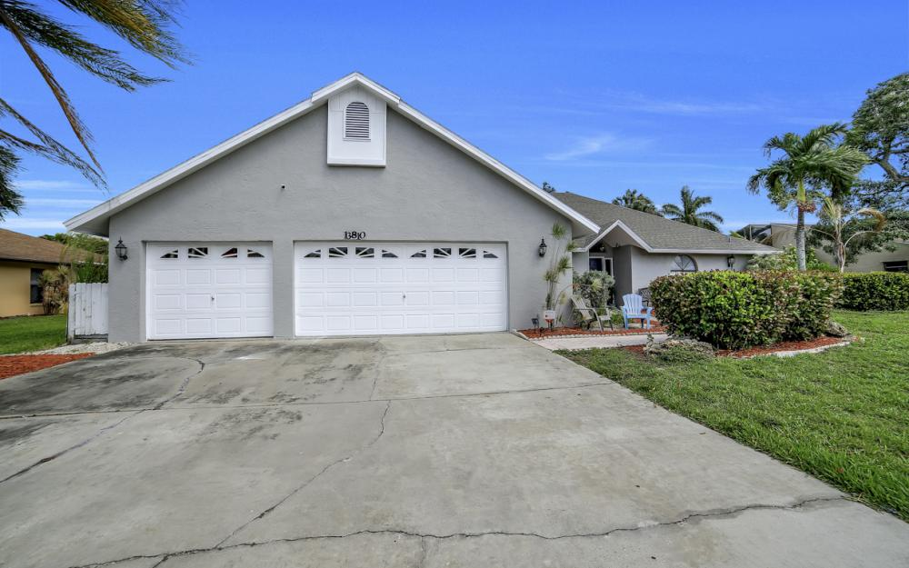 13810 McGregor Blvd, Fort Myers - Home For Sale 1391852429