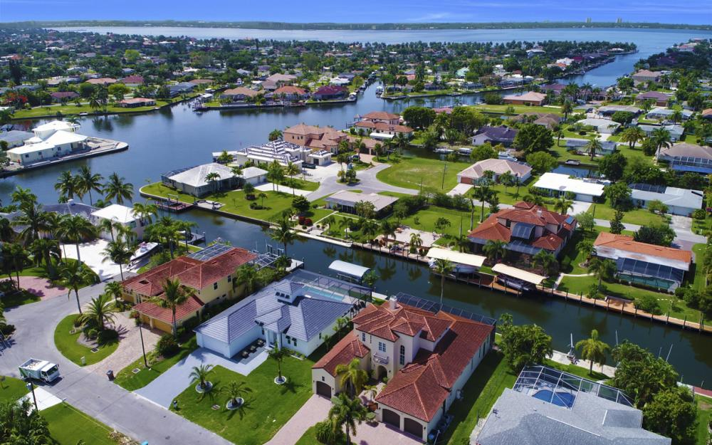 122 SW 52nd Ter, Cape Coral - Luxury Home For Sale 1507458091