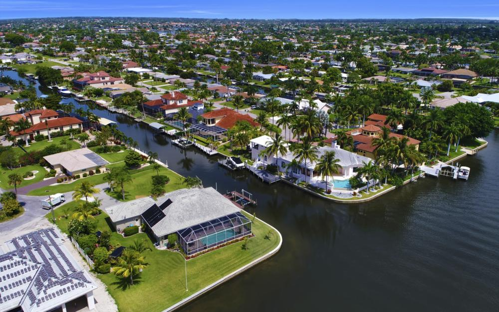 122 SW 52nd Ter, Cape Coral - Luxury Home For Sale 652436765