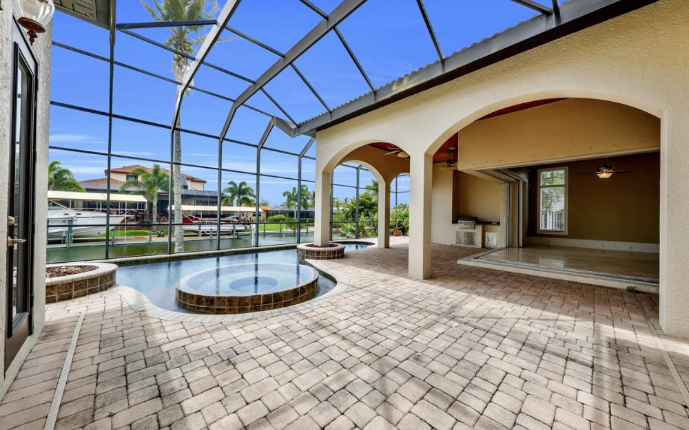 122 SW 52nd Ter, Cape Coral - Luxury Home For Sale 2136529128