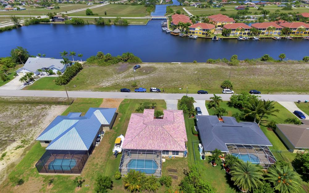 122 SW 33rd Ave, Cape Coral - House For Sale 1208047013