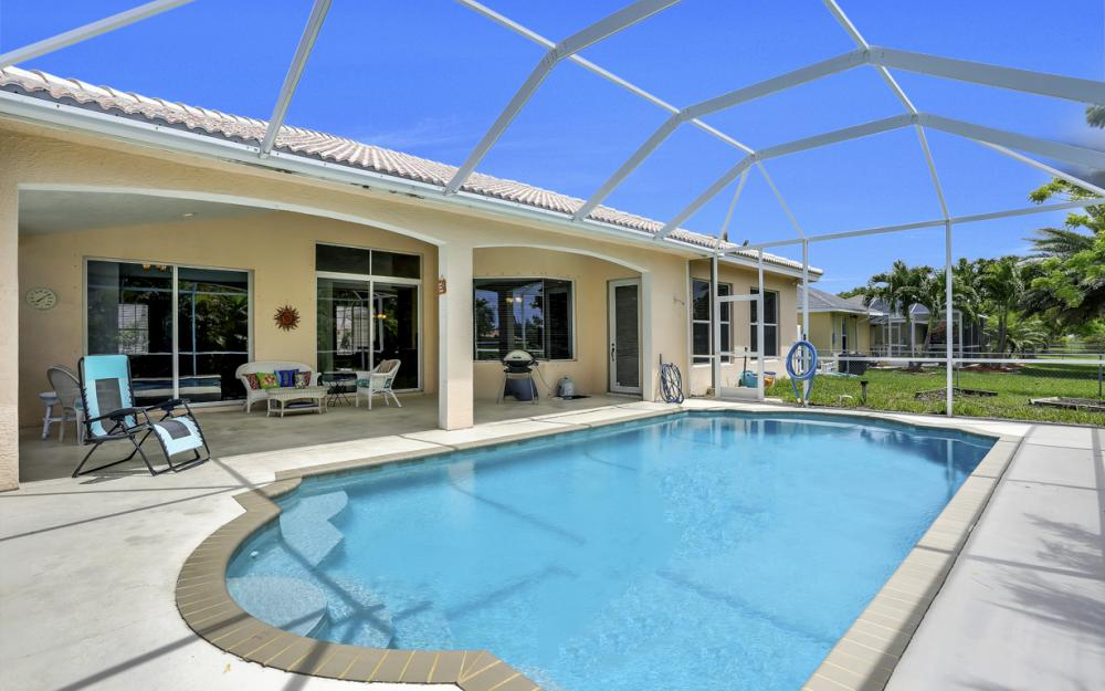 122 SW 33rd Ave, Cape Coral - House For Sale 1100189760