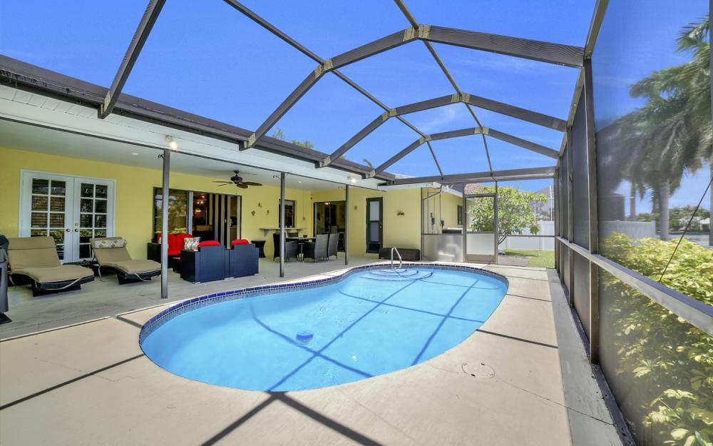 2218 SW 52nd Ln, Cape Coral - House For Sale 222331120